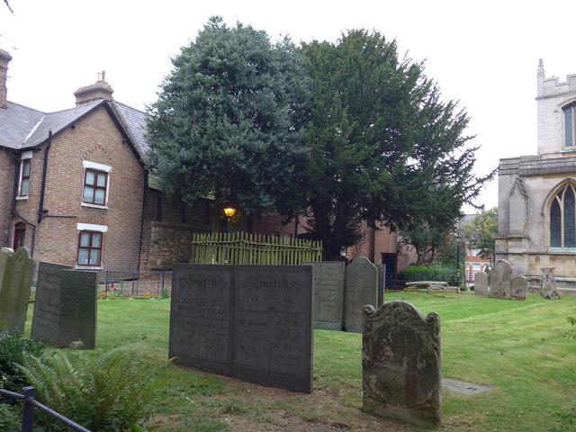 St Mary, Melton Mowbray: churchyard (e)