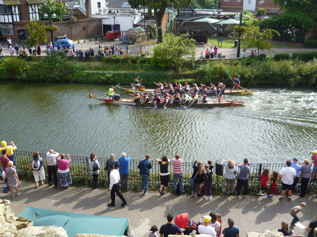 Dragon Boat Racing on the River Medway