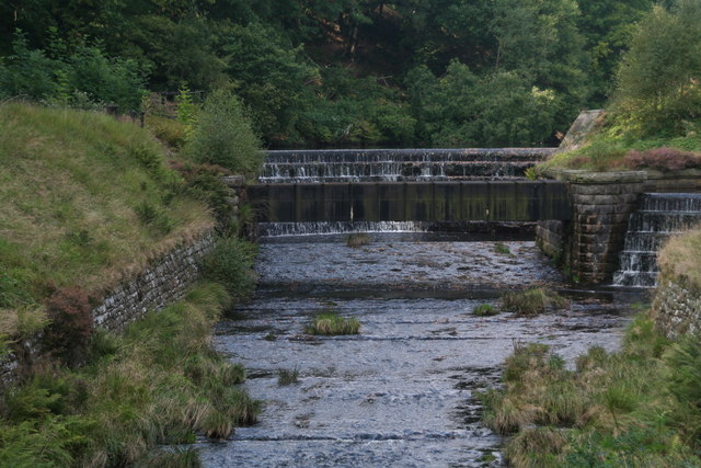 Weir on Crowden Brook