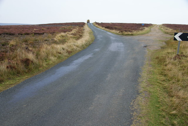 Road on Glaisdale Rigg