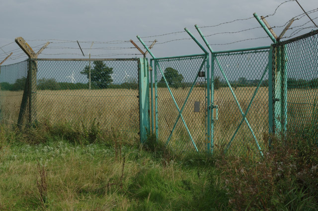 Rugby Radio Station: perimeter fence and gates