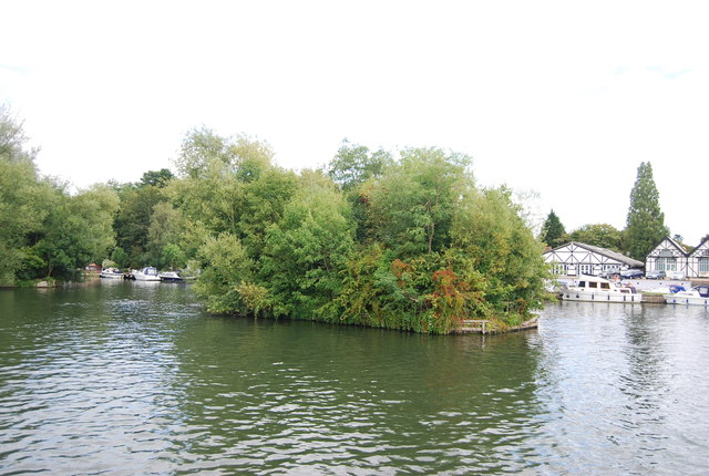 Island in the Thames