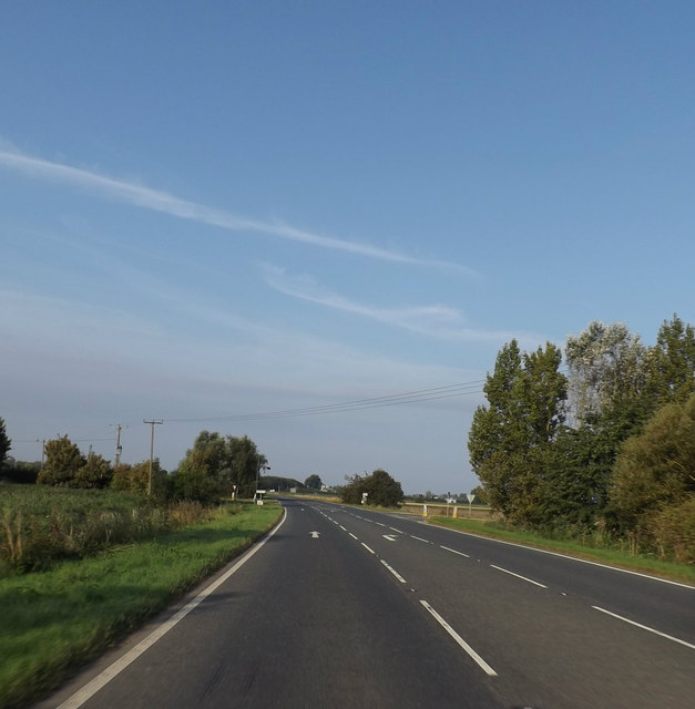 A10 approaching the junction with Hale Fen (Camel Drove) & Camel Road