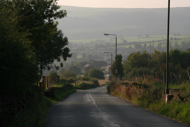 Main Road out of Padfield towards Tintwistle