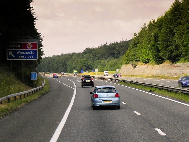 Northbound M3, Exit at Winchester Services