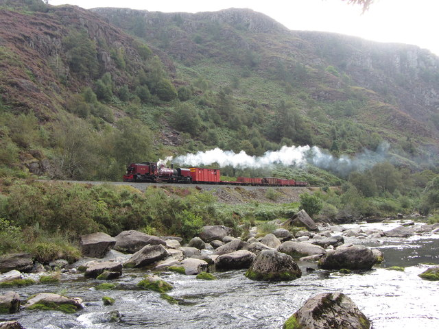 WHR in the Pass of Aberglaslyn