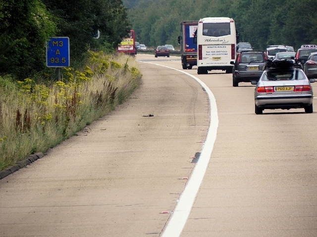 Southbound M3, East Stratton