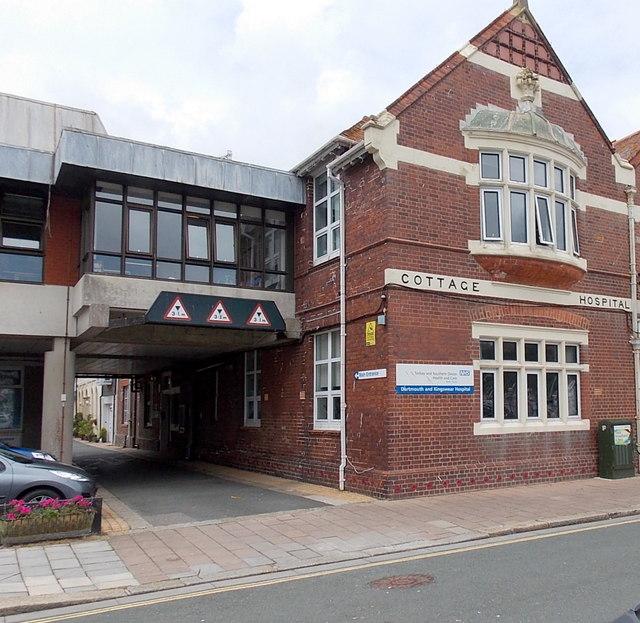 Towards the main hospital entrance, Dartmouth