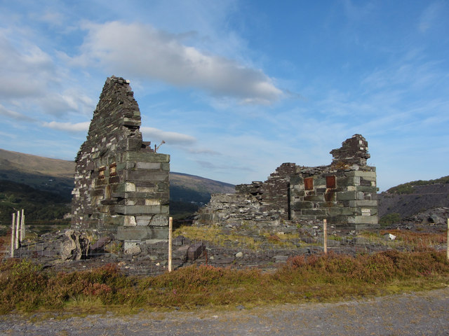 Remains of C1 incline drum-house at Dinorwic
