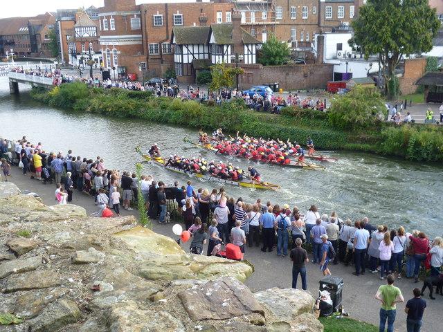 The final of the Dragon Boat Race, Tonbridge