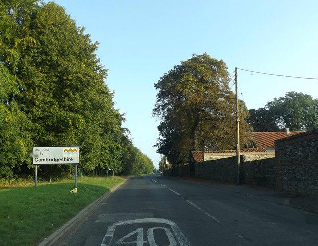 Entering Cambridgeshire on the B1085 Station Road
