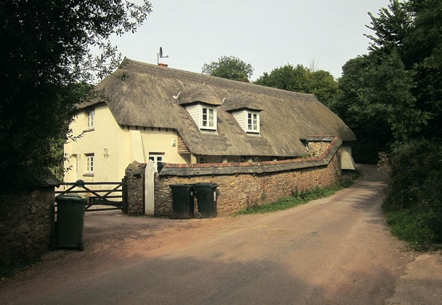 Middle Rocombe Thatch