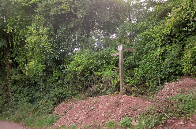 Signpost, Middle Rocombe