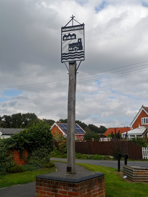 Tattingstone, village sign