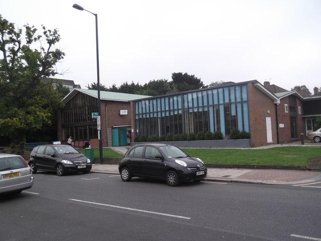 Edgware Library, Hale Lane