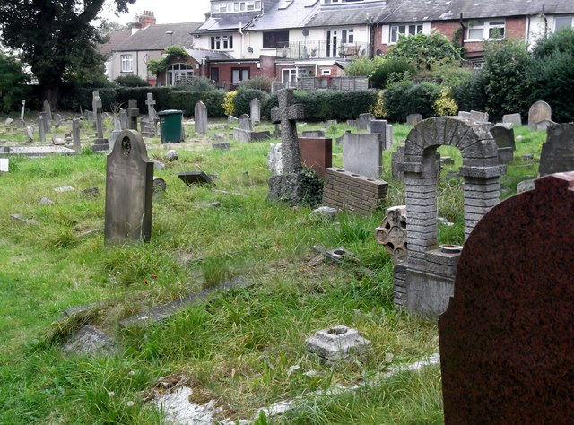 St Margaret of Antioch churchyard, Station Road, Edgware