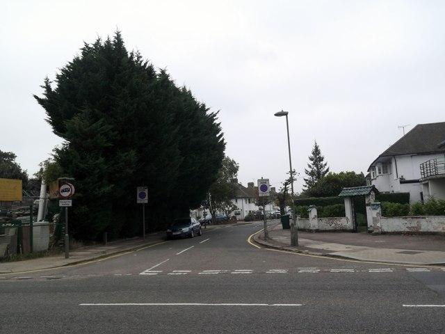 Mill Ridge, Edgware