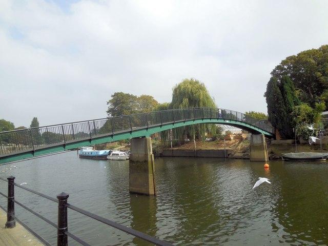 Footbridge to Eel Pie Island