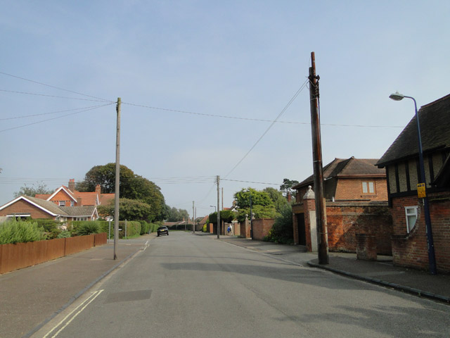 Golf Road, Felixstowe