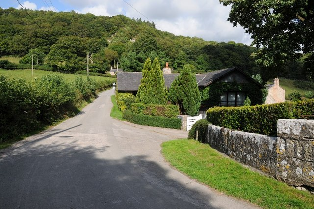 Country at Bont-Newydd