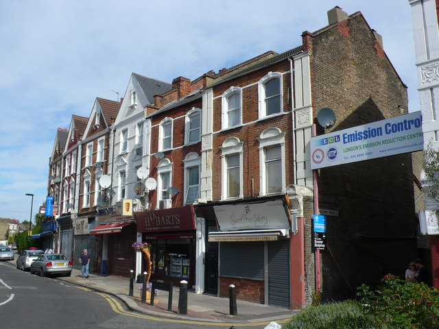 Shops in Crescent Rd