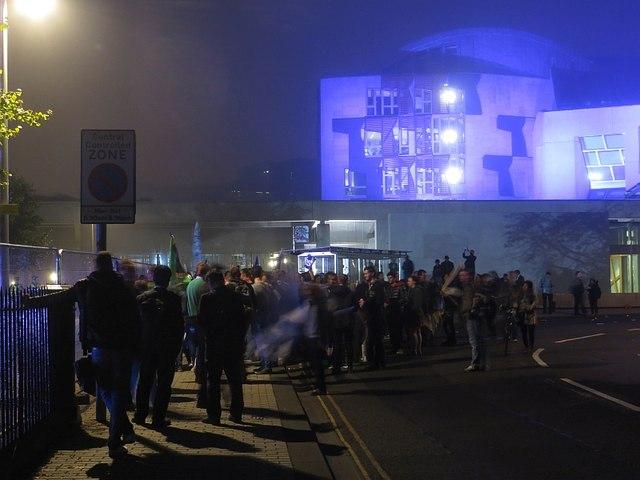 Holyrood, Referendum's eve