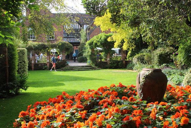 Greyfriars garden