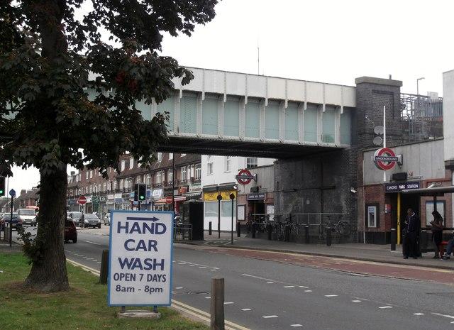 Canons Park Railway Bridge, Whitchurch Lane
