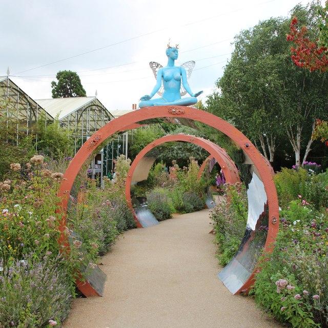 Stratford Butterfly Farm entrance path
