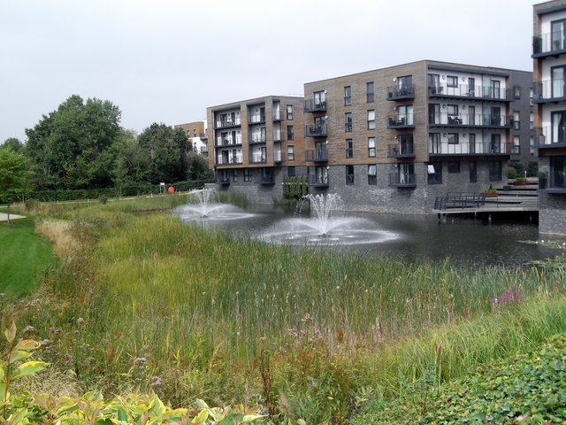 Fountains and apartments, Howard Road, Canons Park