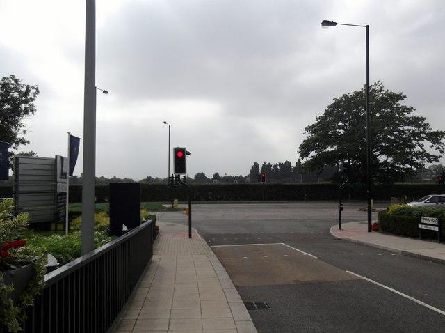 Howard Road, Canons Park