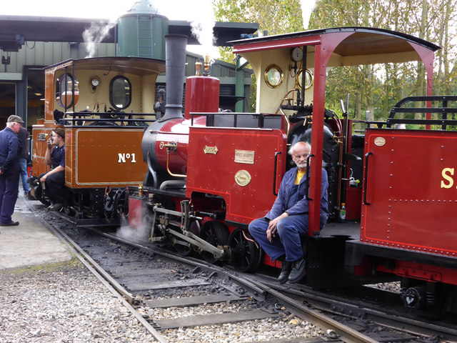 Statfold Barn Railway - taking a breather