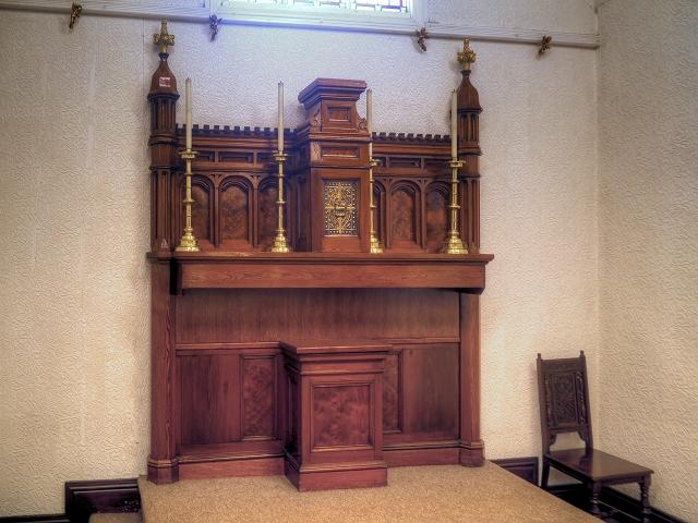 St Antony's Church - Inside the Tin Tabernacle (5)