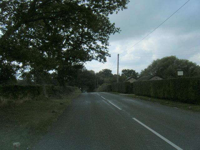 Pickmere Lane heading west