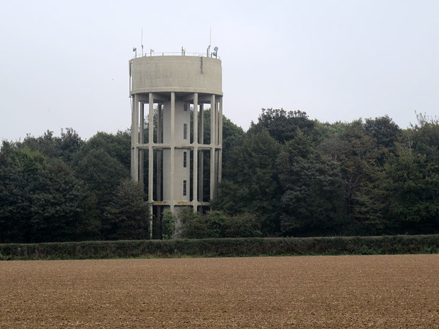 Salle Park water tower
