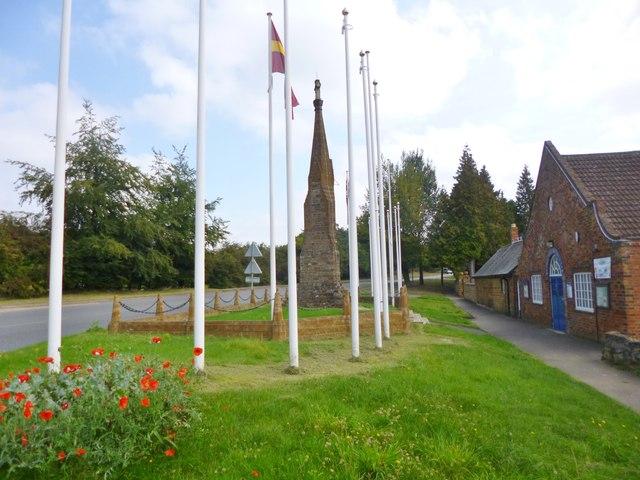 Flore, war memorial