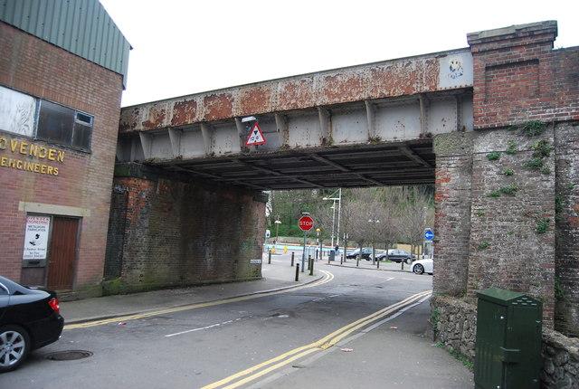 Railway bridge, North St