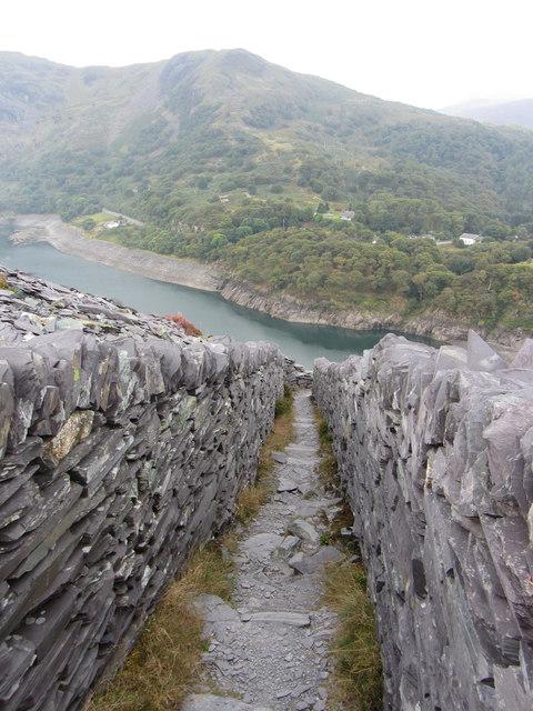 Narrow footpath in Dinorwic Quarry