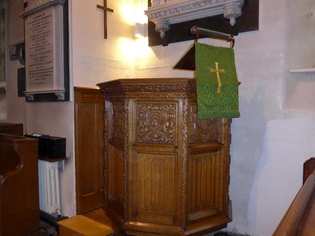 St Peter, Addingham: pulpit