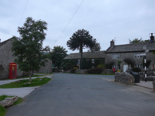 Rush hour in Conistone (B)
