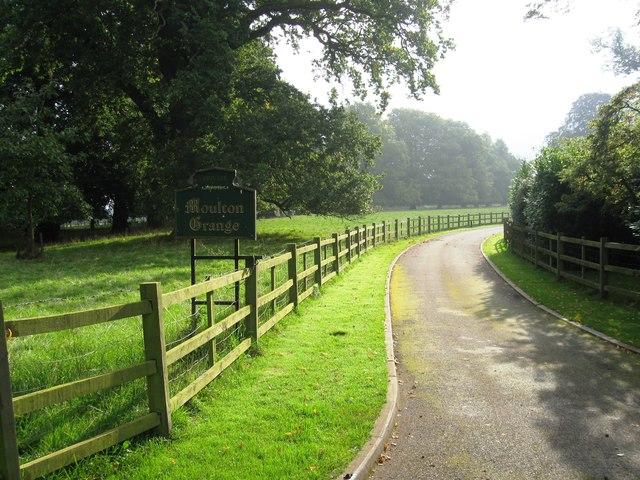 Entrance to Moulton Grange