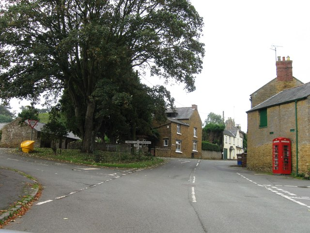 Road junction, Pitsford