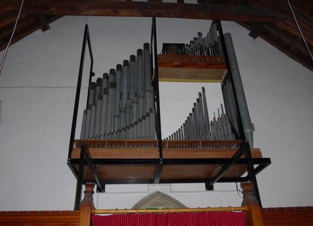 St. Mary, Kettlewell: organ