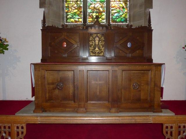 St. Mary, Kettlewell: altar