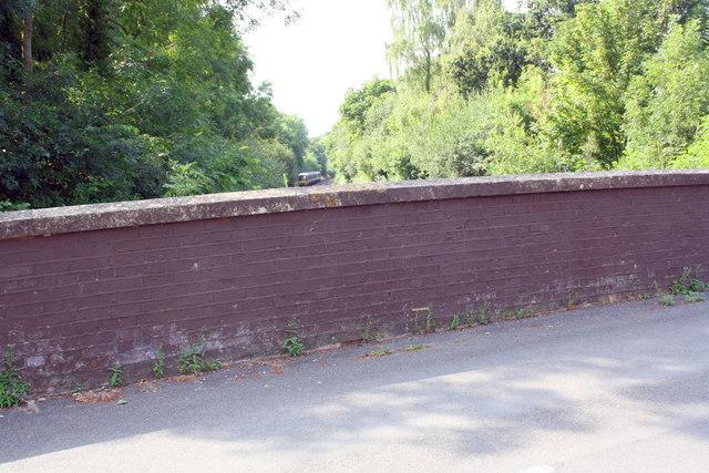 Northwestern parapet of Mays Lane railway bridge