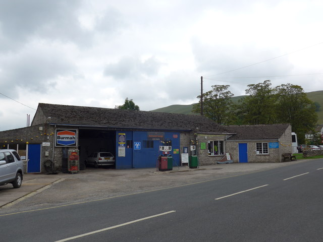 Delightful garage on the outskirts of Kettlewell
