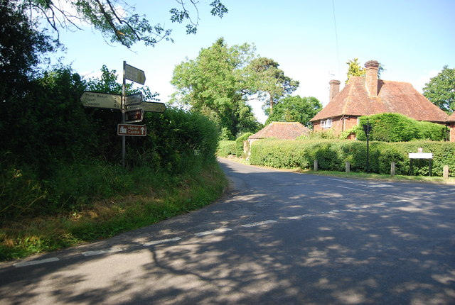 Road junction at Gilwyns