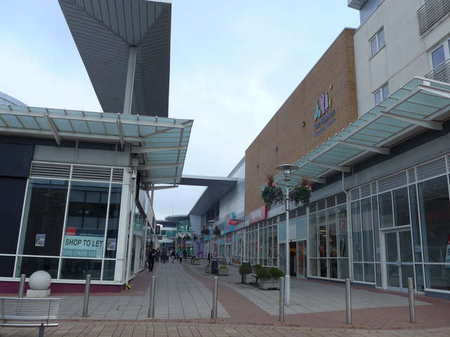 The Rushes Shopping Centre: mid September 2014