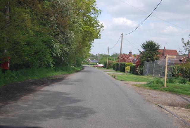 Sedgewick Lane near mill Farm