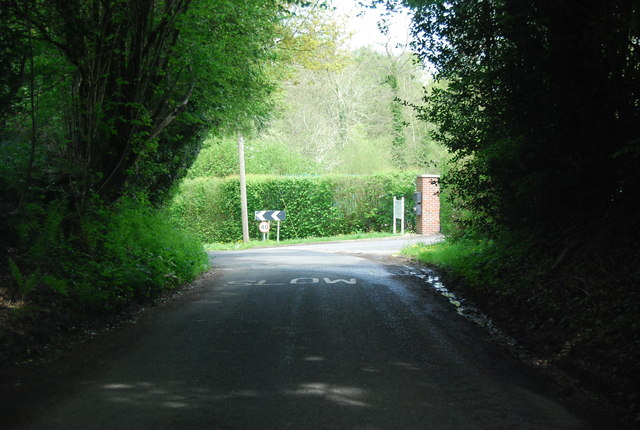 Sharp bend, Sedgewick Lane